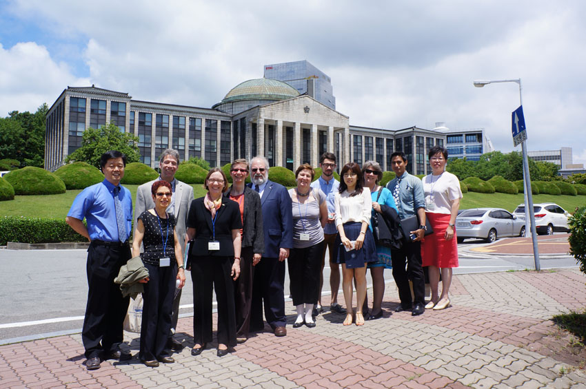 PY2013 American International Education Administrators 관련 이미지입니다.