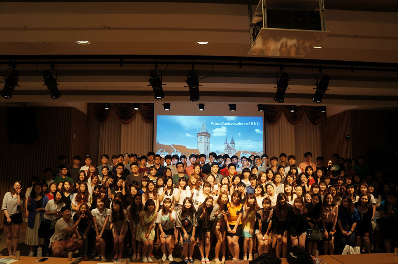 Orientation for 2013.2 Exchange students, double degree students 관련 이미지입니다.